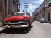 photographer-traveled-across-cuba-to-capture-the-most-interesting-cars-on-the-island-15__880
